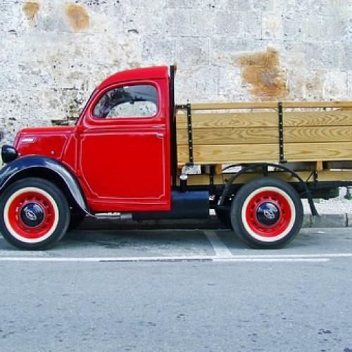 truck-1042600__340.jpg