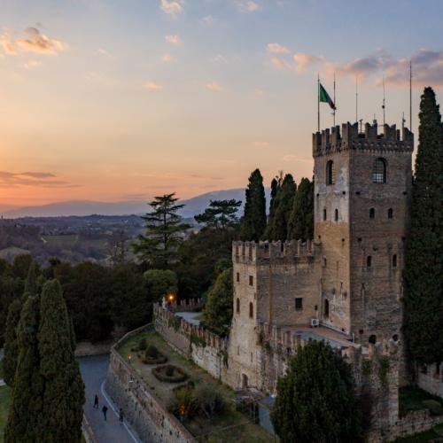 Castello-al-Tramonto conegliano -1200x799.png